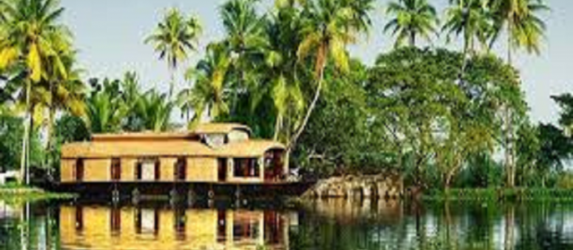Famous Tourist Places in Kerala to Visit