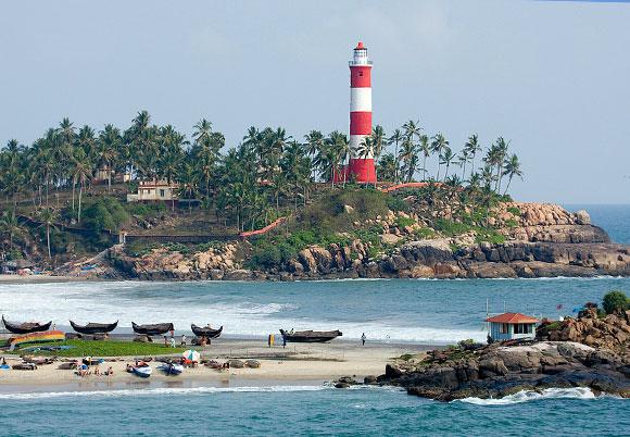 kovalam-lighthouse-beach
